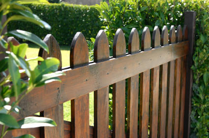 Fence in Fountain Valley CA by Picture Perfect Handyman